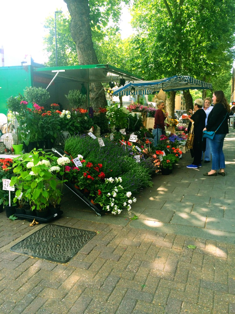 Chiswick Flower Stand