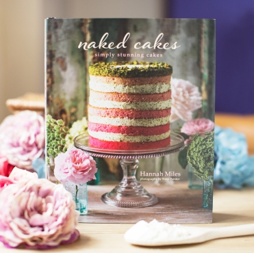Naked Cakes cookbook from Prezzybox.com
