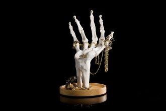 skeleton-hand-jewellery-tidy